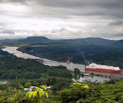 Kanał Panamski ma łączną długość ponad 80 km