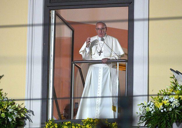 Błąd w tłumaczeniu słów papieża. Pielgrzymi usłyszeli coś zupełnie odwrotnego