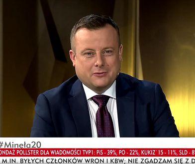 """Adrian Klarenbach, prowadzący programu """"Minęła dwudziesta"""""""