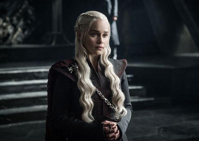 """Emilia Clarke złamała serca milionom fanów. Nagrała ostatnie sceny w """"Grze o Tron"""""""