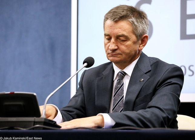 Marek Kuchciński i jego loty. Wykaz nie pokrywa się z dokumentami