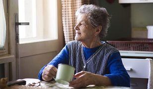 Niezależnie od wieku kobiety powinny pojawiać się na wizytach kontrolnych u ginekologów co najmniej raz w roku.
