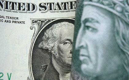 Złoty najtańszy wobec dolara od 2002 r.