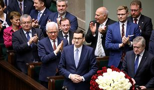 Hojni ministrowie. Na premie dla urzędników przekazali 30 mln zł w dwa miesiące