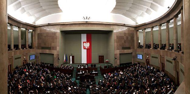 Sejm decyduje o zasadach inwigilacji przez służby specjalne