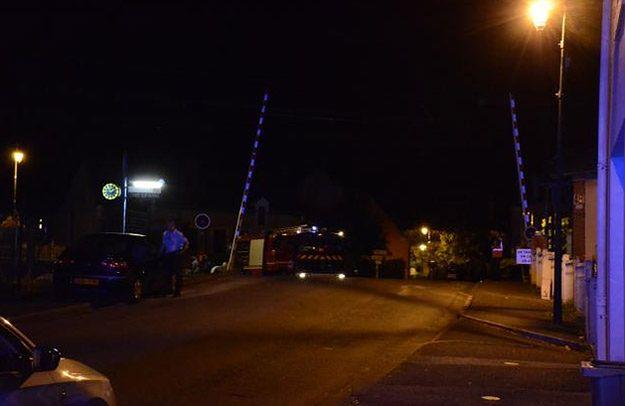 Tragiczny wypadek na przejeździe kolejowym we Francji. Zginęły 3 osoby