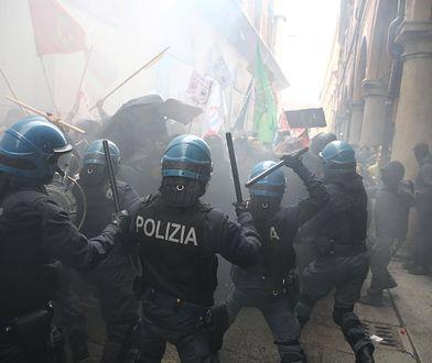 Włoska policja w starciu z neofaszystowskimi demonstrantami