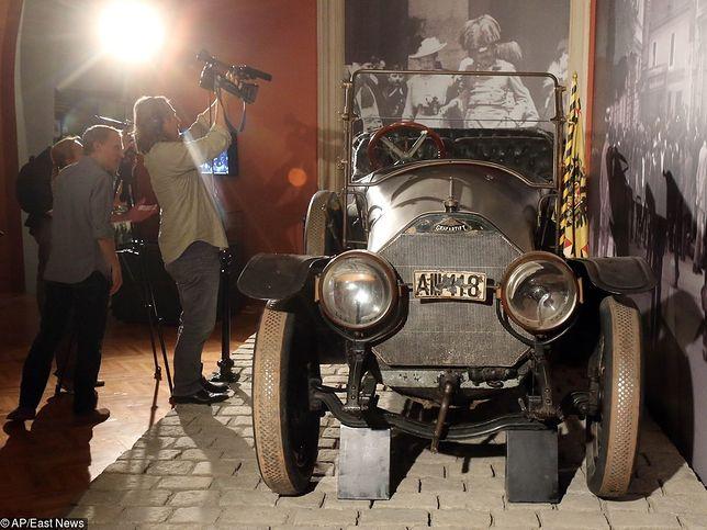Zagadkowa tablica rejestracyjna auta arcyksięcia Ferdynanda