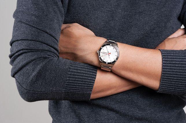 Eleganckie i stylowe. Markowe zegarki w atrakcyjnych cenach