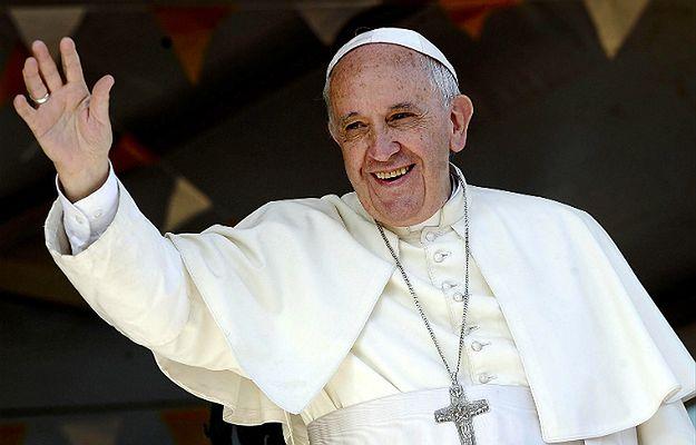 Papież upoważnia kapłanów do rozgrzeszenia z grzechu aborcji