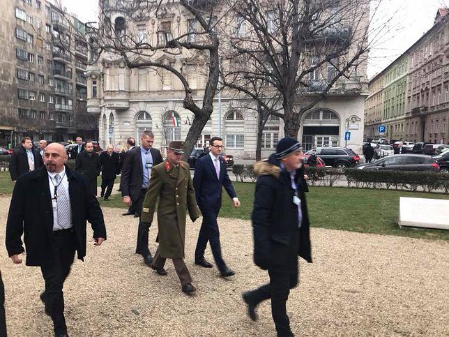 Premier złożył kwiaty pod pomnikiem gen. Józefa Bema