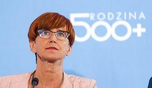 Minister Rafalska chwali się liczbą urodzeń