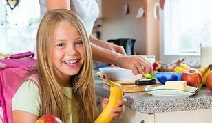 Koniec śmieciowego jedzenia w szkołach. Polskie dzieci przestaną rosnąć wszerz?