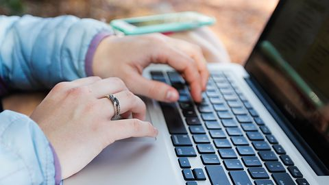 Sprzedajesz w internecie? Uważaj – wtedy też możesz paść ofiarą oszustów