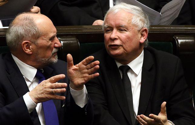 Antoni Macierewicz i Jarosław Kaczyński dzień po odwołaniu szefa MON