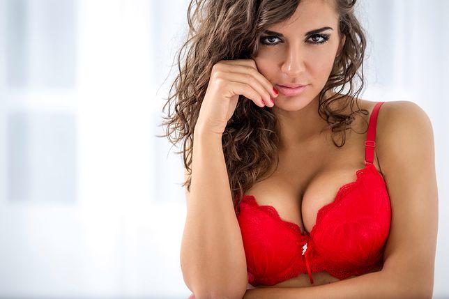 Biustonosz to obowiązkowy element garderoby każdej kobiety z pełnymi piersiami