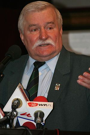 Polska nierządem Kaczyńskich stoi - L. Wałęsa dla WP