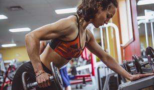 Ćwiczenia siłowe są elementem treningu metabolicznego
