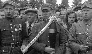 Kombatanci w czasie czwartej rocznicy Bitwy w Lasach Janowskich i Puszczy Solskiej - 13 czerwca 1948 r.