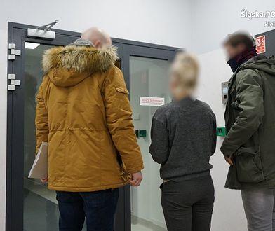"""Bielsko-Biała. Wandal zniszczył trzy auta. Bojową """"obrończynię"""" też czeka sąd"""