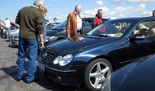 Utrata wartości samochodów. Wyliczenia pokazały ciekawą zależność