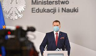 """Minister Czarnek: """"szkoła się odradza"""""""