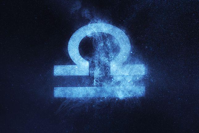 Waga. Horoskop zodiakalny na poniedziałek, 23 września. Sprawdź, czy w miłości, biznesie i zdrowiu dopisze ci szczęście
