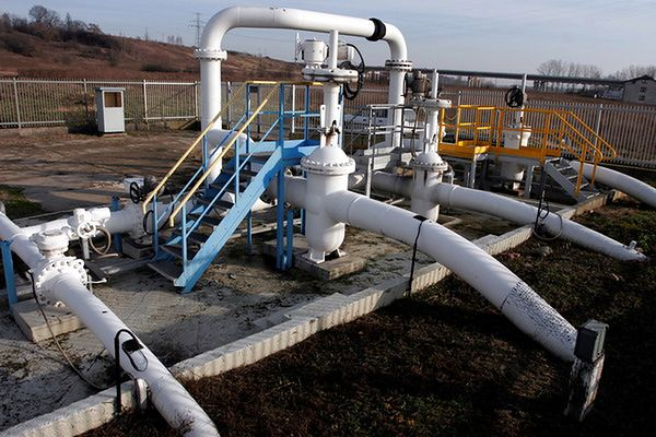 Wstrzymano dostawy ropy rurociągiem Przyjaźń na Słowację i Węgry