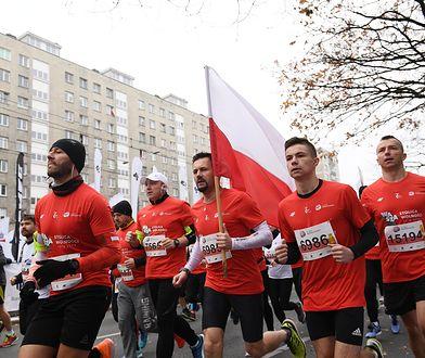 11 listopada. Rekordowy Bieg Niepodległości w Warszawie. Organizatorzy: tylu biegaczy jeszcze na trasie nie było