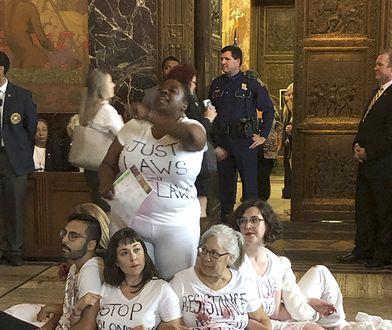 Zaostrzenie prawa aborcyjnego wywołuje protesty w południowych stanach USA