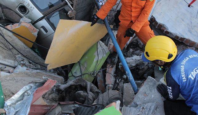 W Indonezji wciąż trwa akcja ratownicza