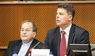 O. Rydzyk i Piotrowski współpracują od lat. W 2012 r. w PE razem bronili TV Trwam