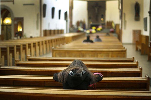 Cała prawda o polskich ateistach. Aż trzy czwarte z nich ochrzciło swoje dzieci