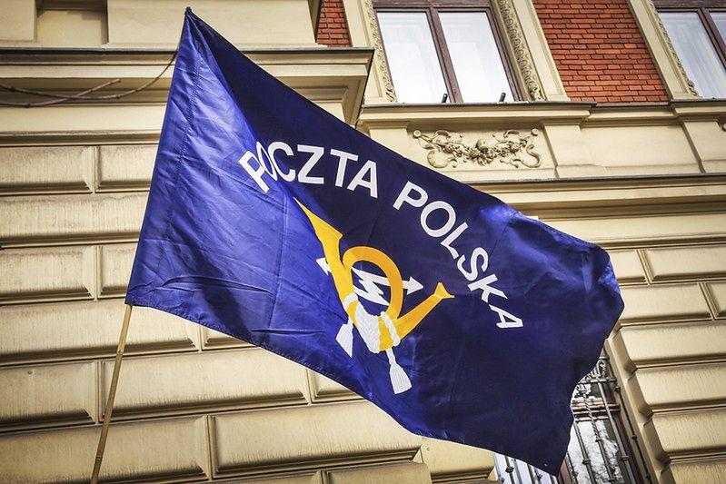 Uważaj! Oszuści podszywają się pod Pocztę Polską