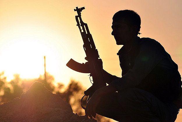Samobójczy atak w Iraku: zginęli żołnierze sił bezpieczeństwa. IS przyznało się zamachu