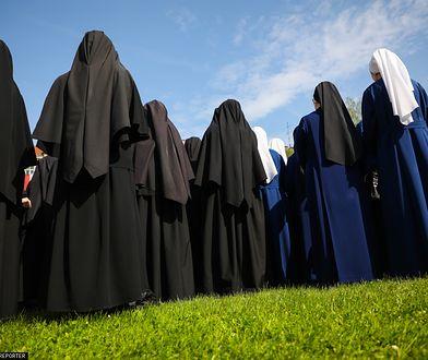 Po wprowadzeniu wyższej płacy minimalnej drożej różne usługi. Nawet siostry zakonne musiały podnieść stawki.