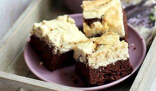 Obłędnie czekoladowe ciasto z chałwą. Rozpływa się w ustach