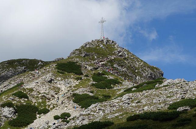 Tatry. Krzyż na Giewoncie
