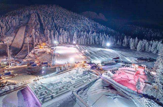 Biały labirynt już otwarty. Kręte alejki i śnieżne ściany czekają na turystów w Zakopanem