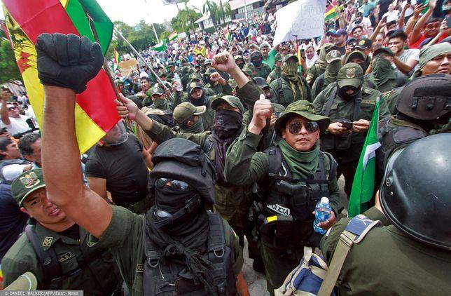 Boliwia. Do protestów dołączają kolejne grupy policjantów.