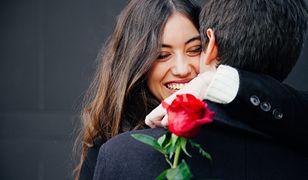 Walentynki 2019. Pomysły na prezenty i podarki z okazji Walentynek dla niej i dla niego