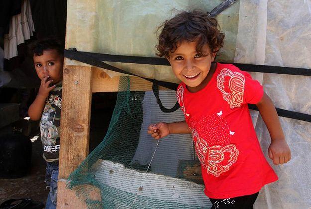 Papieskie stowarzyszenie: uchodźcom należy pomagać w miejscu ich pobytu