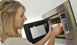 Kuchenka mikrofalowa a jakość żywności