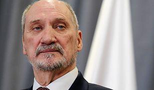 Antoniego Macierewicza na stanowisku szefa MON ma zastąpić Mariusz Błaszczak