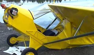 Samolot spadł do jeziora. Kajakarze ruszyli na ratunek pilotowi [Zobacz wideo]