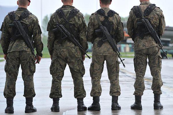 Okradziono transport pomocy humanitarnej na Ukrainę. Polscy żołnierze podejrzani