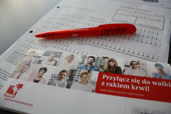 Studenci zachęcają do rejestracji w Fundacji DKMS