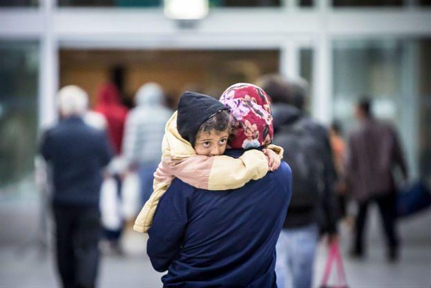 Gdzie zamieszkają uchodźcy? W ośrodkach jest tylko 500 wolnych miejsc