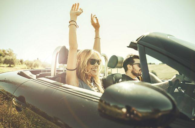 Posiadając krajowe prawo jazdy, możesz prowadzić samochód we wszystkich państwach Unii Europejskiej