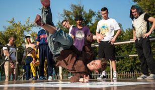 Tańcząc hip-hop możemy nie tylko pozbyć się negatywnych emocji, ale również wyrzeźbić sylwetkę